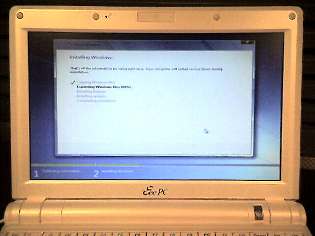 Windows 7 installing on the Eee 900A
