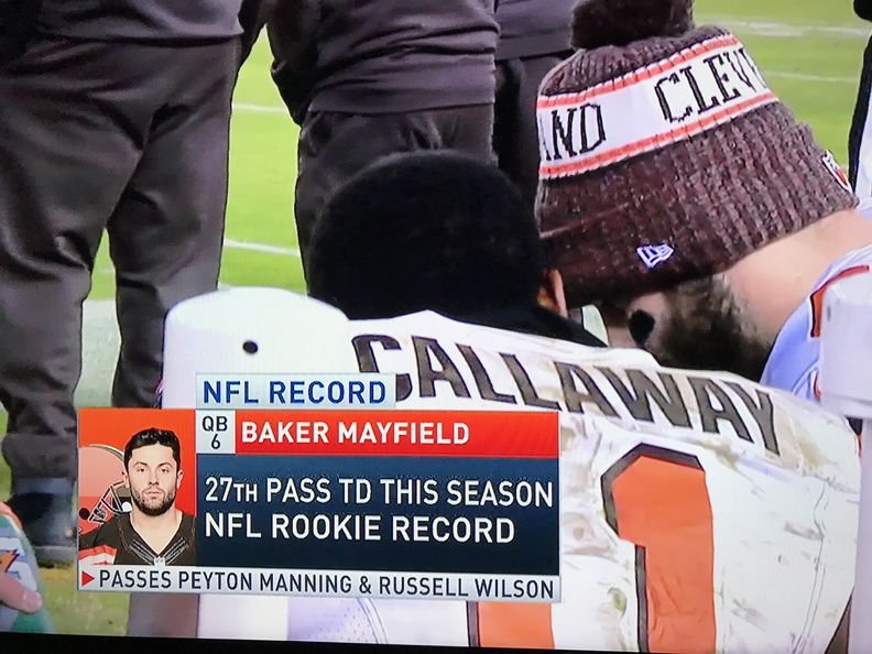 Baker Mayfield sets rookie quarterback TD pass record